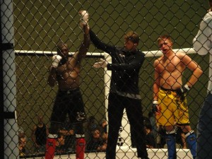 Dwight Grant Wins his 3rd MMA Match